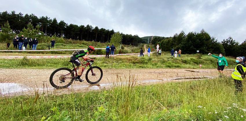 Manu Cordero liderando la Astorga Power Race